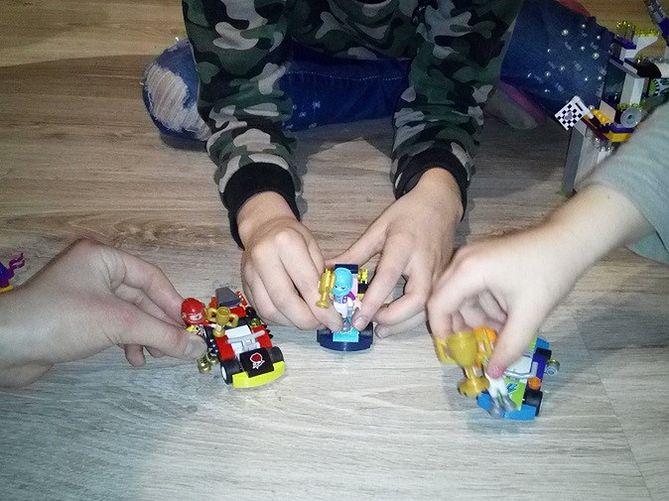 Lego Friends Dzień Wielkiego Wyścigu Recenzja Wp Parenting