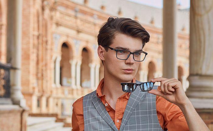 Lato w mieście. Redaktorki wybrały najmodniejsze okulary
