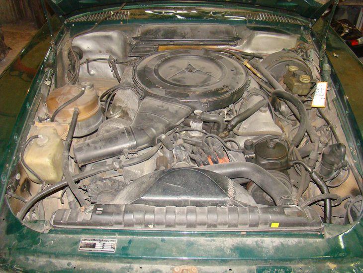 Mercedes M117 silnik
