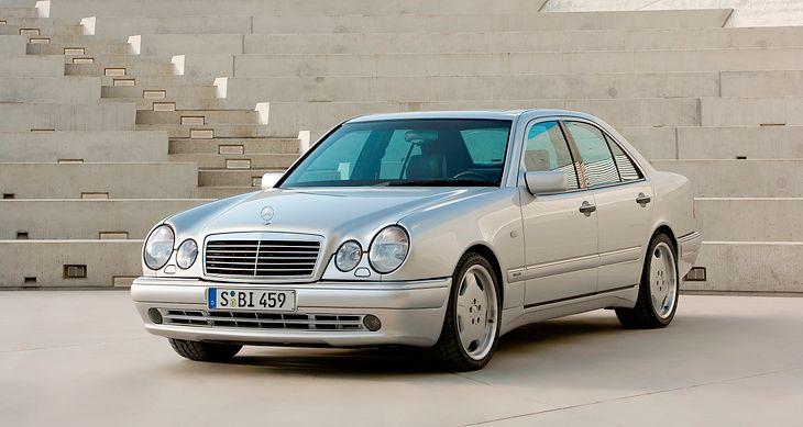 Niesamowite Używane samochody o mocy powyżej 300 KM do kwoty 40 tys. zł RO48