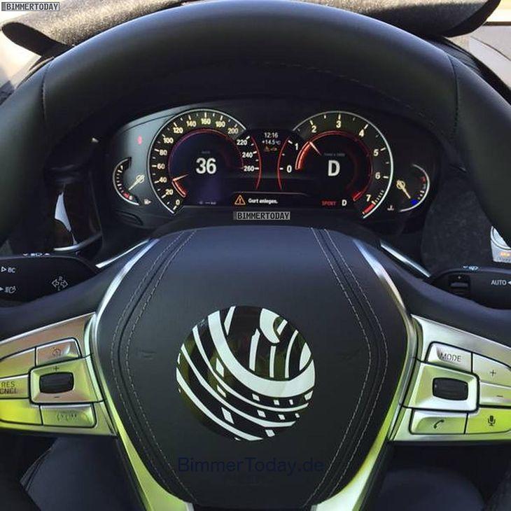 Bmw Z 2015: Cyfrowe Zegary Nowego BMW Serii 7 Uchwycone Na Zdjęciu