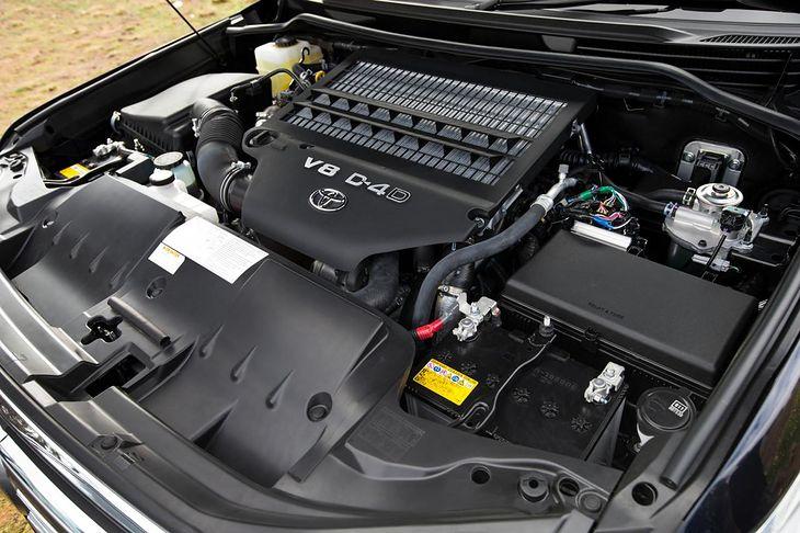 Silnik nie może pracować bez czujnika położenia wału, jeśli jest on elementem fabrycznym