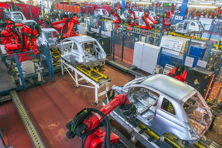Fiat należy do grupy Stellantis, gdzie znajdziemy takie marki jak Opel czy Dodge.