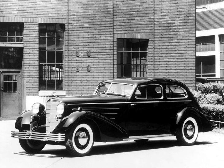 Cadillac 452 Aerodynamic Coupe