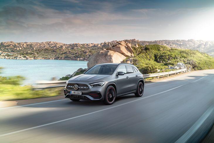 Nowy Mercedes-Benz GLA nabrał więcej cech SUV-a w porównaniu z poprzednikiem