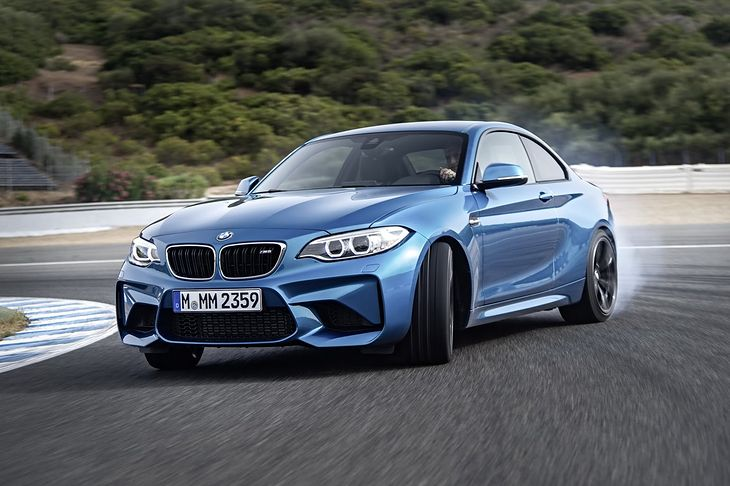 BMW M2 - samochód typowo nadsterowny