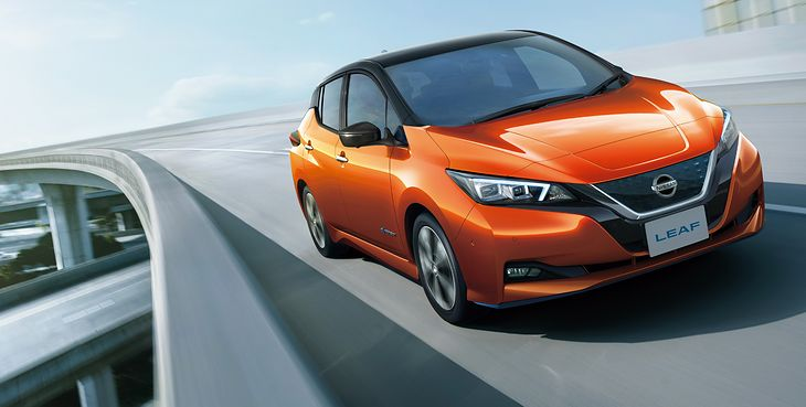 Odświeżony Nissan Leaf wyróżnia się wzbogaconym wyposażeniem.