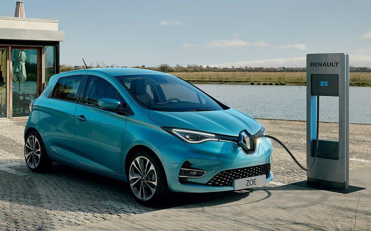 Renault ZOE przejedzie nawet 390 km na jednym ładowaniu.