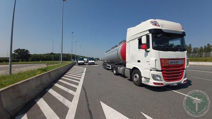 Ta ciężarówka przeszła polski przegląd, gdy fizycznie znajdowała się za granicą.