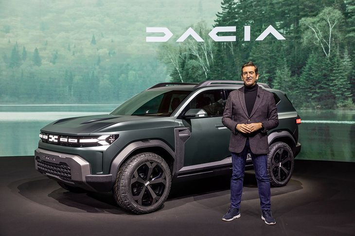 Alejandro Mesonero-Romanos i koncepcyjna Dacia Bigster.