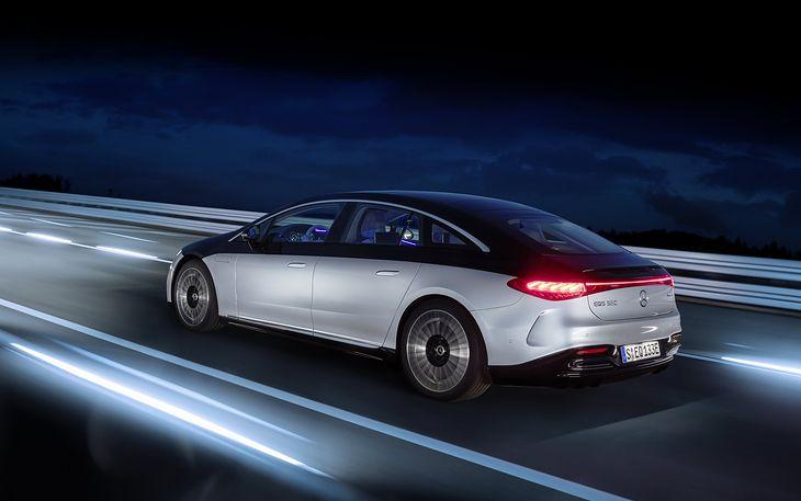 Mercedes-Benz EQS (2021 год)