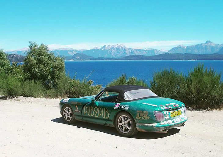 Zielony tvr na postoju w Argentynie.