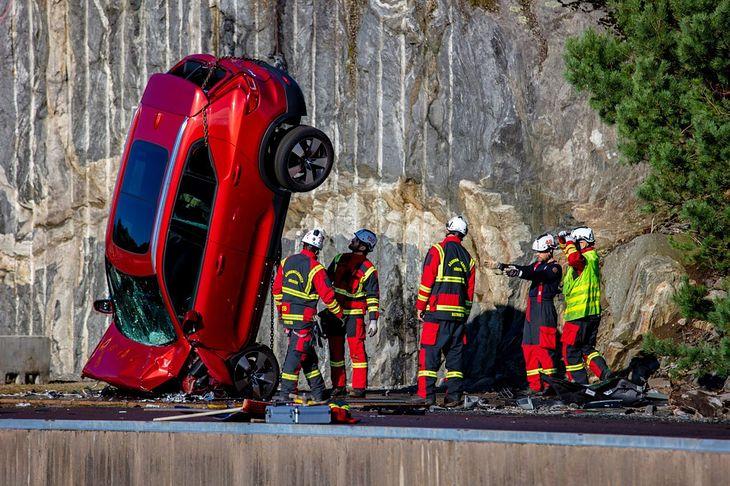 Volvo rozbiło łącznie 10 nowych aut.