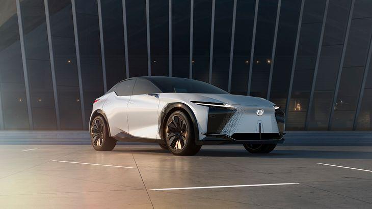 Lexus LF-Z nie wejdzie do produkcji, ale daje nam zarys tego, czego mamy spodziewać się po marce.