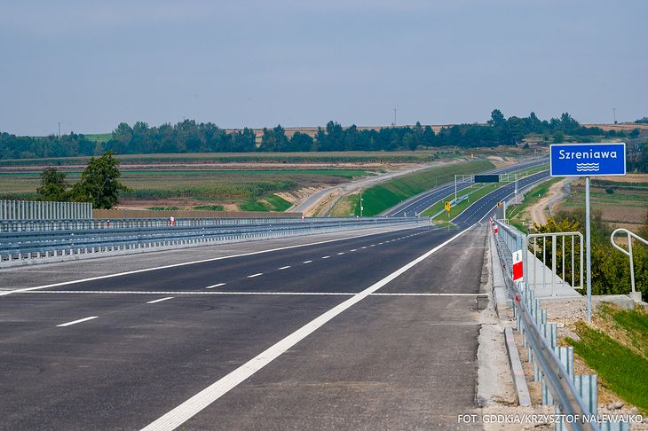 Pierwszy z czterech odcinków S7 na północ od Krakowa jest już gotowy