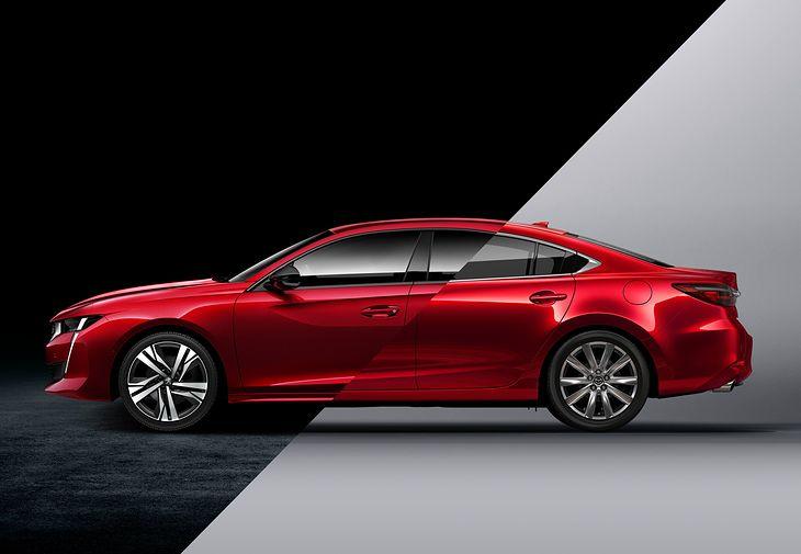 Peugeot 508 i Mazda 6 to naszym zdaniem najładniejsze samochody w segmencie D. Który jest lepszą ofertą?