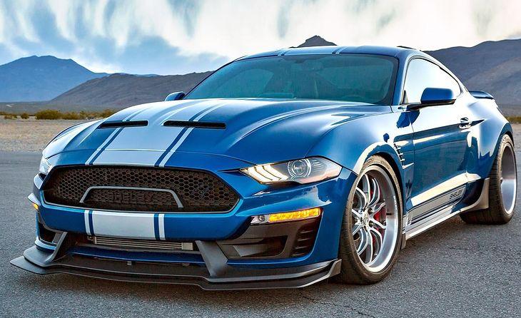 Najnowsze dzieło Shelby prezentuje się bardzo agresywnie. Seryjny Mustang to przy Super Snake'u łagodny kucyk.