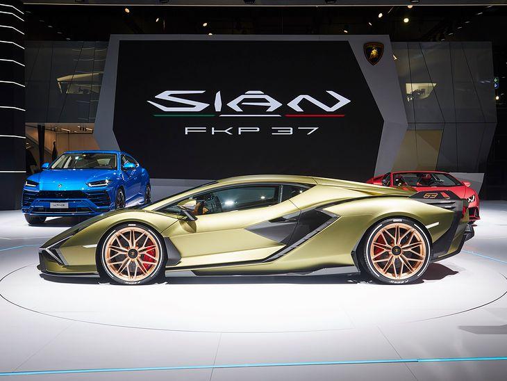 Lamborghini Siån FKP 37 zamiast zwykłego akumulatora posiada superkondensator (fot. Lamborghini)