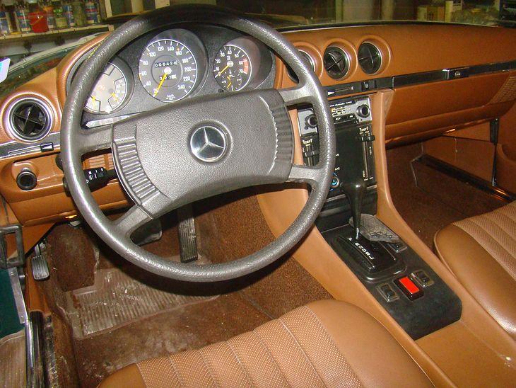 Mercedes 450 SL (R107) - deska rozdzielcza