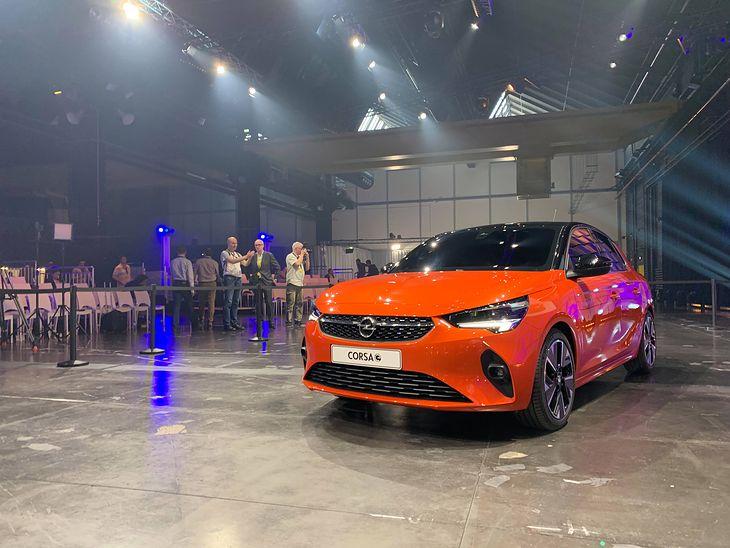 Nowy Opel Corsa-e na żywo