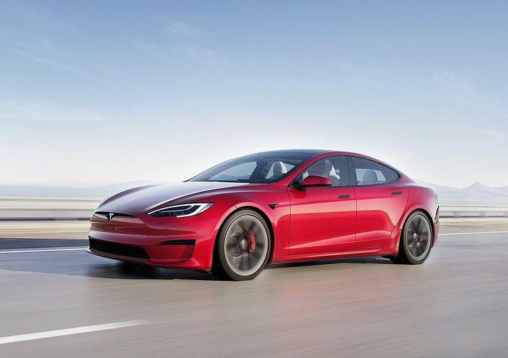 Musk twierdzi, że rekord padł łupem całkowicie seryjnego auta