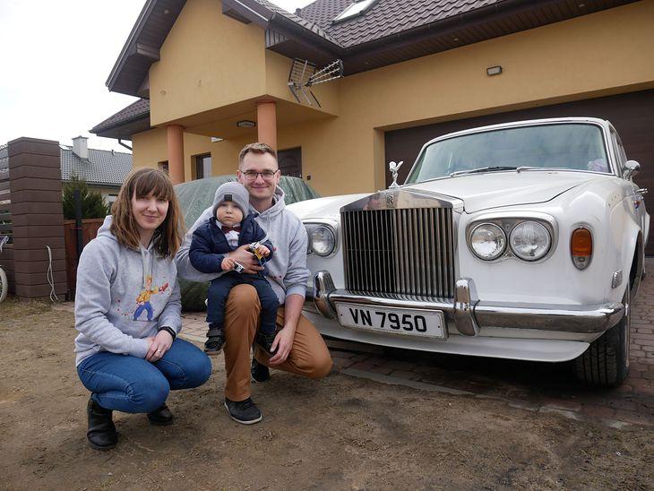 Anonimowy darczyńca podarował 2-latkowi zabytkowego rolls-royce'a, a to wszystko w szczytnym celu