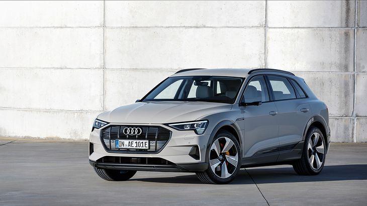 Premiera Audi E Tron 2018 Zdjęcia Informacje Dane Techniczne