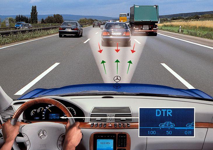Aktywny tempomat może odciążyć kierowce podczas długiej podróży