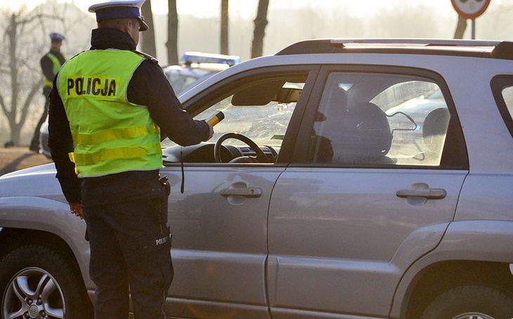Pijany 41-latek nie chciał oddać się w ręce policji
