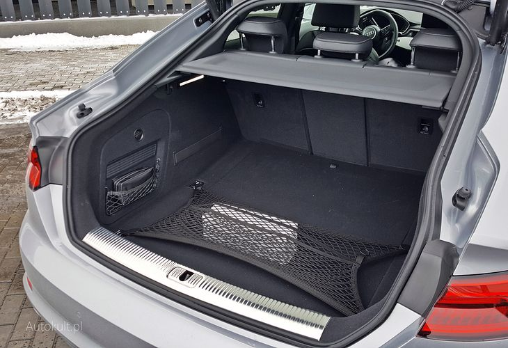 Bagażnik A5 Sportback ma pojemność 480 litrów i to wystarczy.
