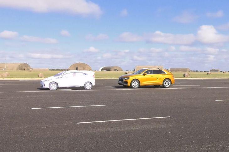 System wykrywający przeszkody przed pojazdem jest jednym z najważniejszych jeśli chodzi o zapobieganie kolizjom.