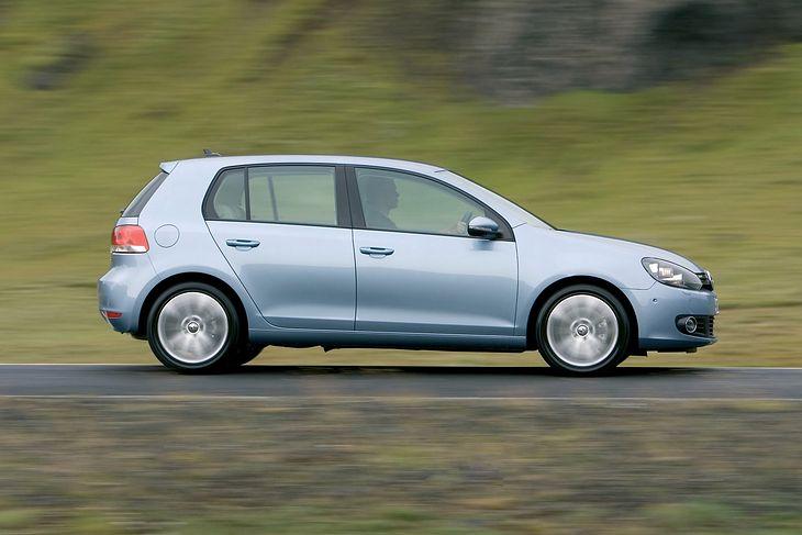 Volkswagen Golf od lat znajduje się na liście popularnych aut importowanych.