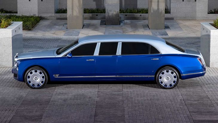 Bentley Mulsanne Grand Limousine (2015)