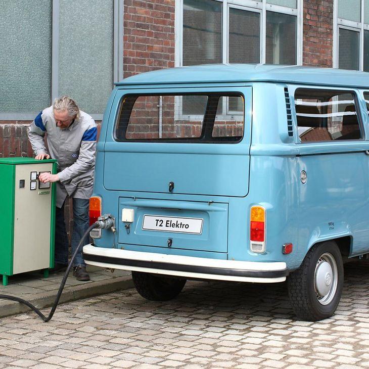 Na jednym ładowaniu, elektryczny VW T2 mógł przejechać ok. 70 km