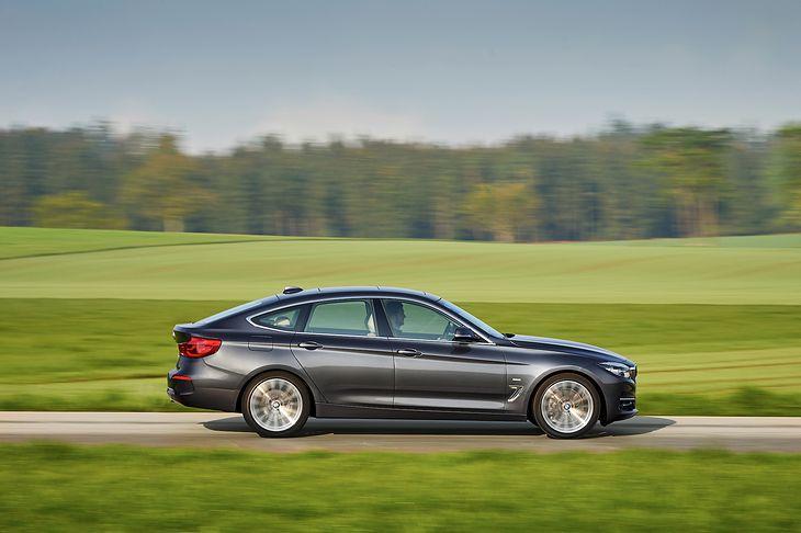 BMW 3 GT jest liftbackiem z wyżej poprowadzonym dachem