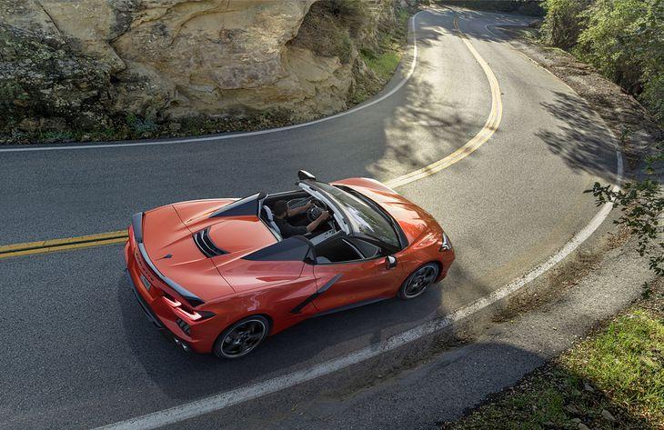 Corvette Convertible prezentuje się naprawdę dobrze.