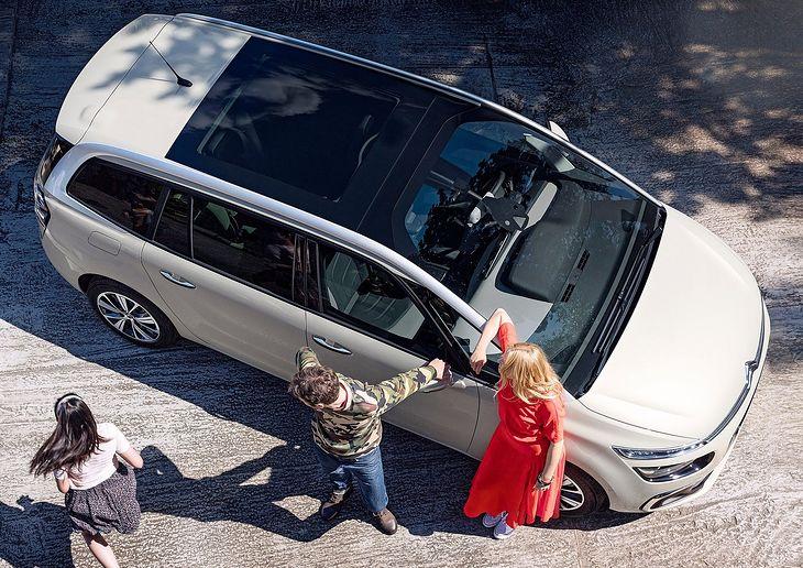 Najnowsze Samochody dla rodziny 2+3. Wybór wcale nie jest duży | Autokult.pl RF18