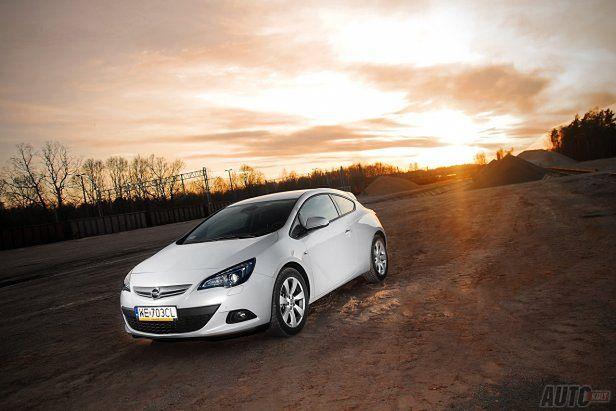 Opel Astra GTC 1 4 Turbo 140 KM Enjoy więcej mocy [test autokult