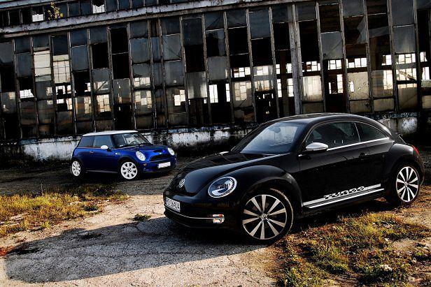 Volkswagen Beetle Sport 2,0 TSI DSG vs. Mini Cooper S