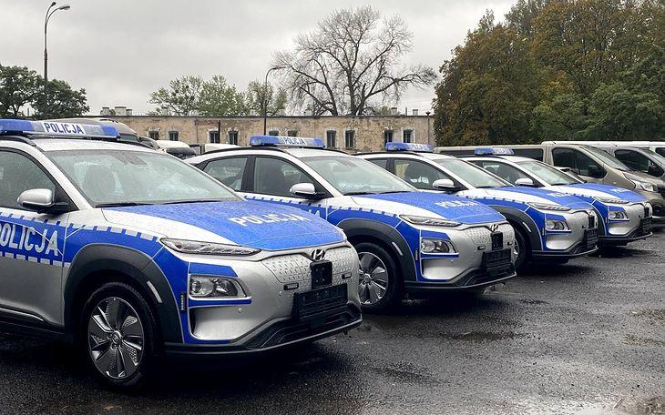 6 Hyundaiów Kona Electric będzie patrolowało ulice Śródmieścia i Starego Miasta w Warszawie