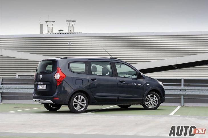 Wielkie auto za małe pieniądze w dobrym roczniku - tylko Dacia Lodgy