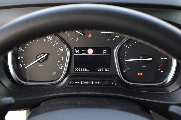 Polscy kierowcy na potęgę wymieniają liczniki. O co chodzi?