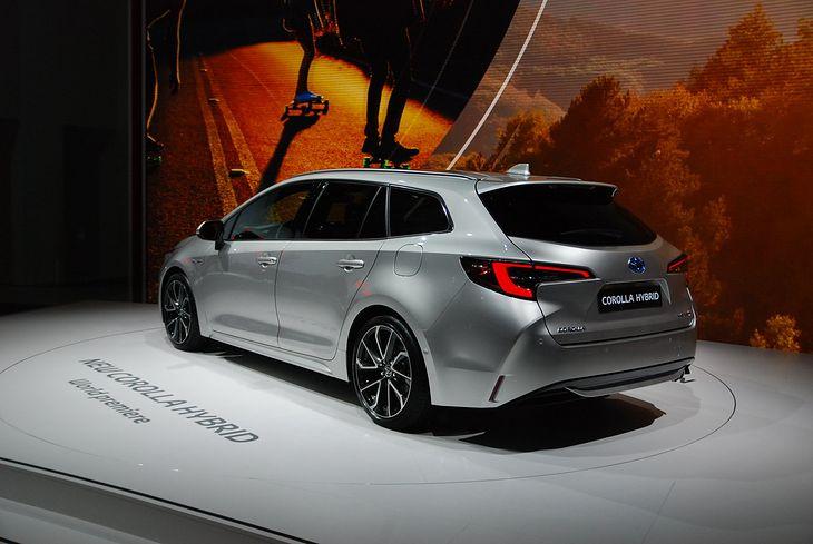 Nowa Toyota Corolla Ujawniono Oficjalne Ceny Autokult Pl