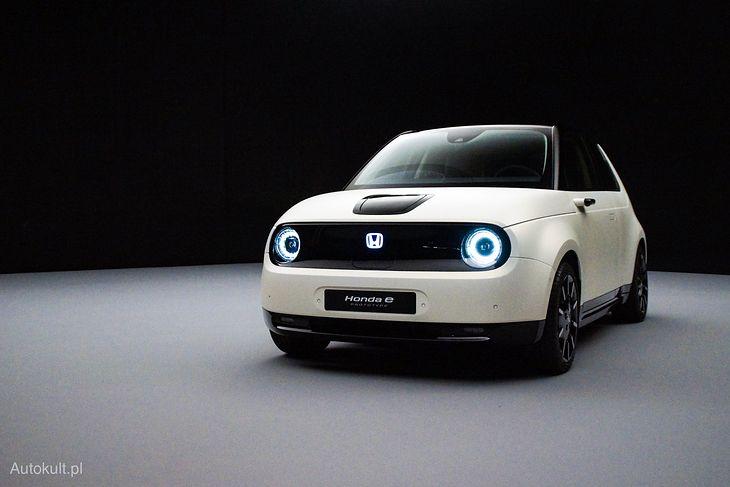 Honda e jeszcze jako prototyp, ale już bardzo bliski produkcji