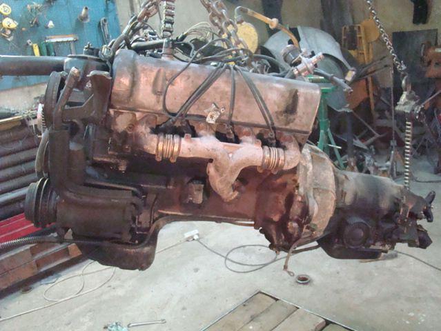 Mercedes 450SL (R107) - silnik