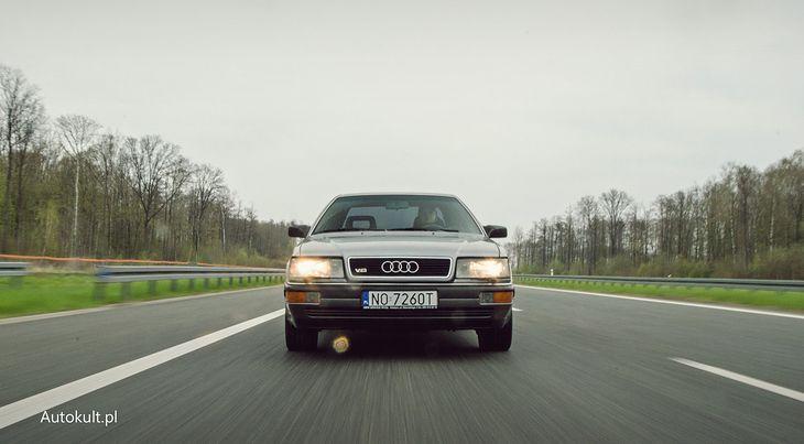 Audi V8 to dość trudny model. Tak samo w zakupie, jak i odsprzedaży, choć eksperci przewidują wzrost wartości.