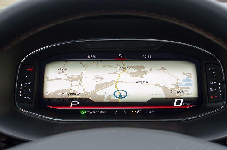 Początkowo w autach luksusowych, obecnie w Skodach i Seatach można mieć taki widok nawigacji.