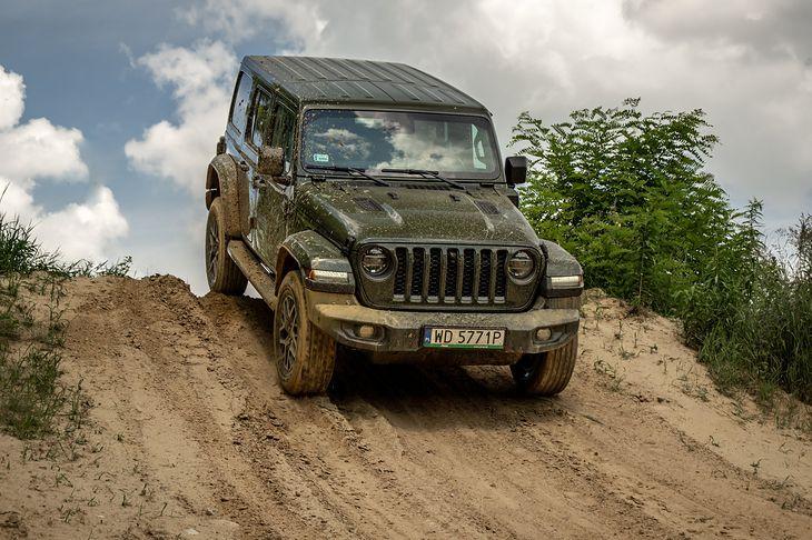 4xe to nowe 4x4 - tak przynajmniej twierdzą przedstawiciele Jeepa.