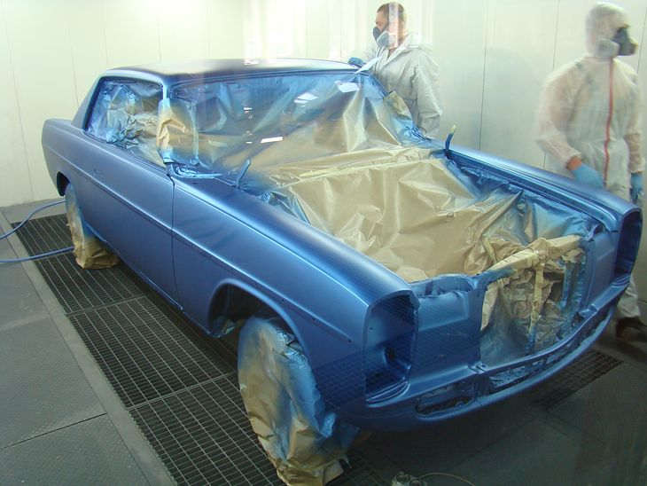 Mercedes 250C (W114) Coupe - lakierowanie