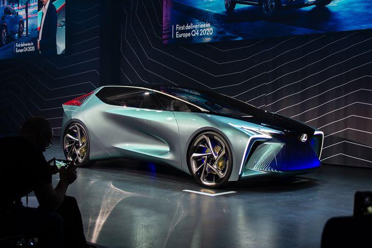 Lexus LF-30 Electrified pokazuje, jak samochody mają wyglądać już za 10 lat